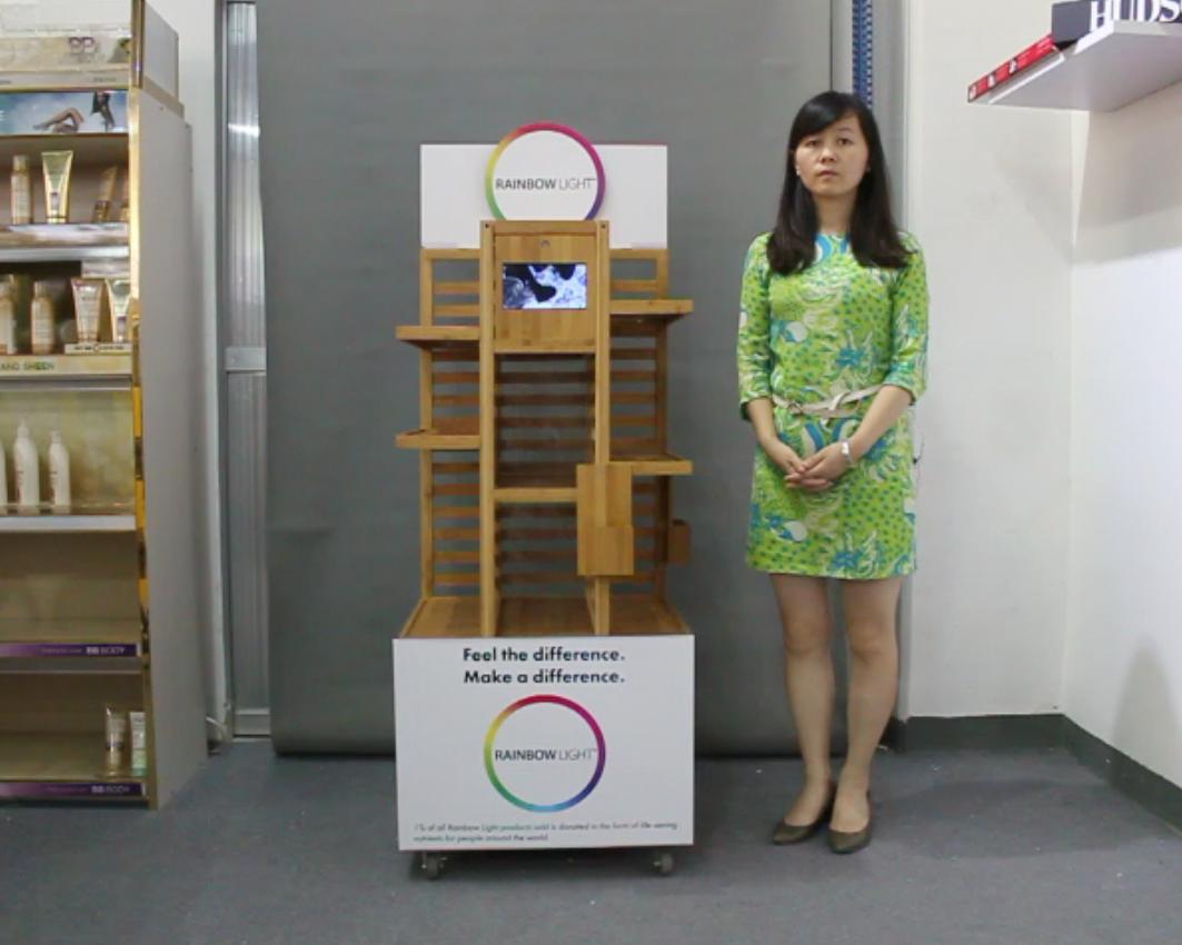时尚款带LCD播放功能的品牌木制展示架视频介绍